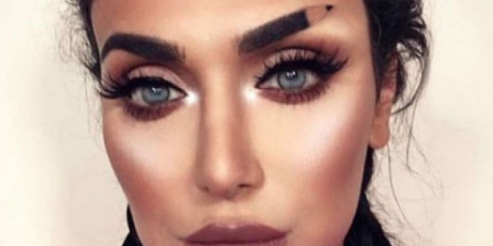 This Beauty Guru Penciled In Her Eyebrows Literally Spinsouthwest
