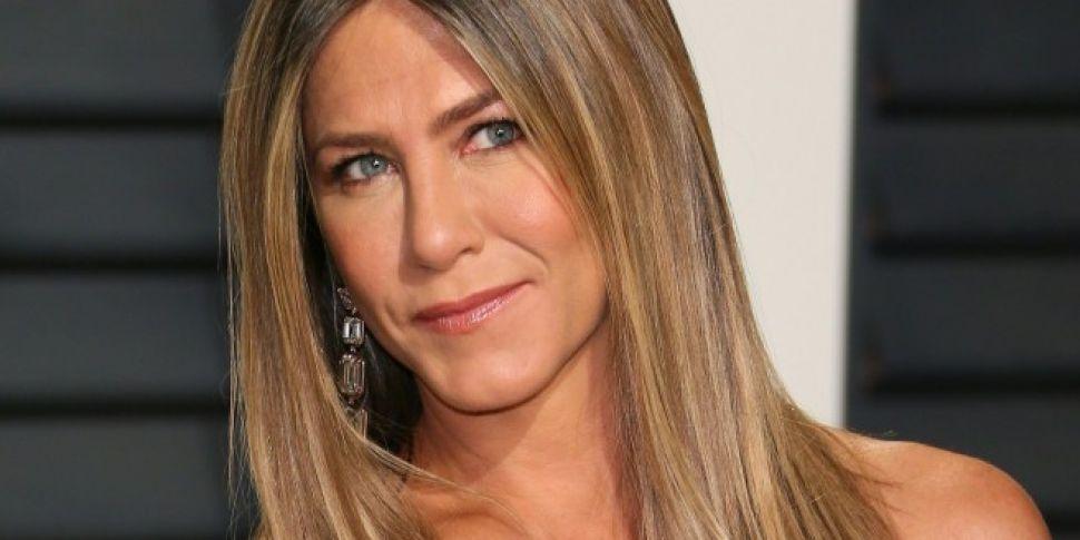 Jennifer Aniston Filming New Netflix Movie.