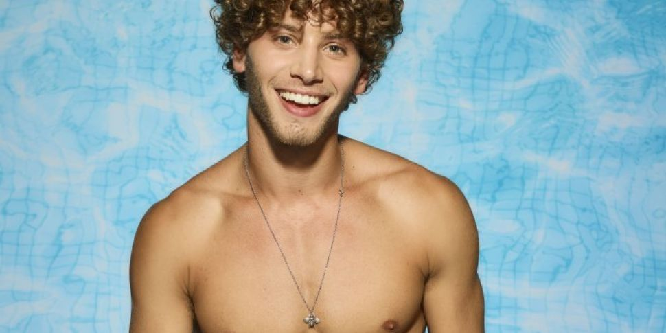 Eyal Speaks Out In Defence Of Love Island Producers