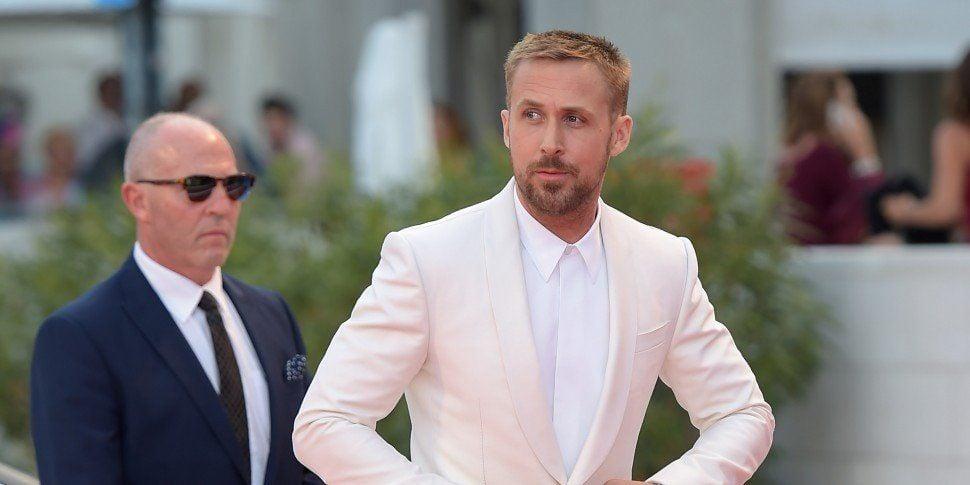 Ryan Gosling Visits Cardboard Cut-Out Of Himself In Toronto Cafe