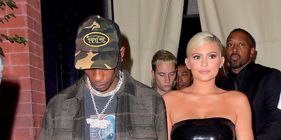 Fans Think Kylie Jenner & Travis Scott Married In Secret