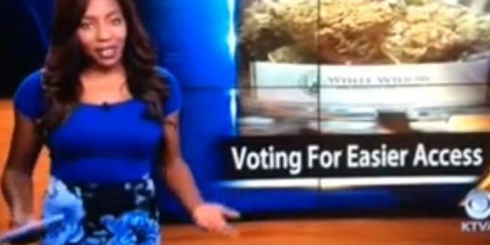 Video: News reporter quits on-...