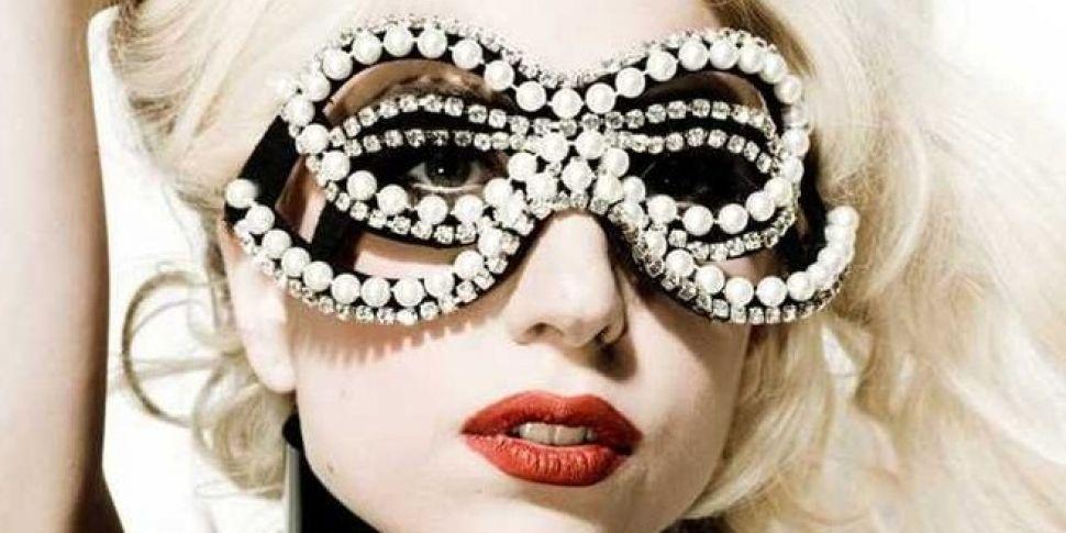 Gaga Previews New Track