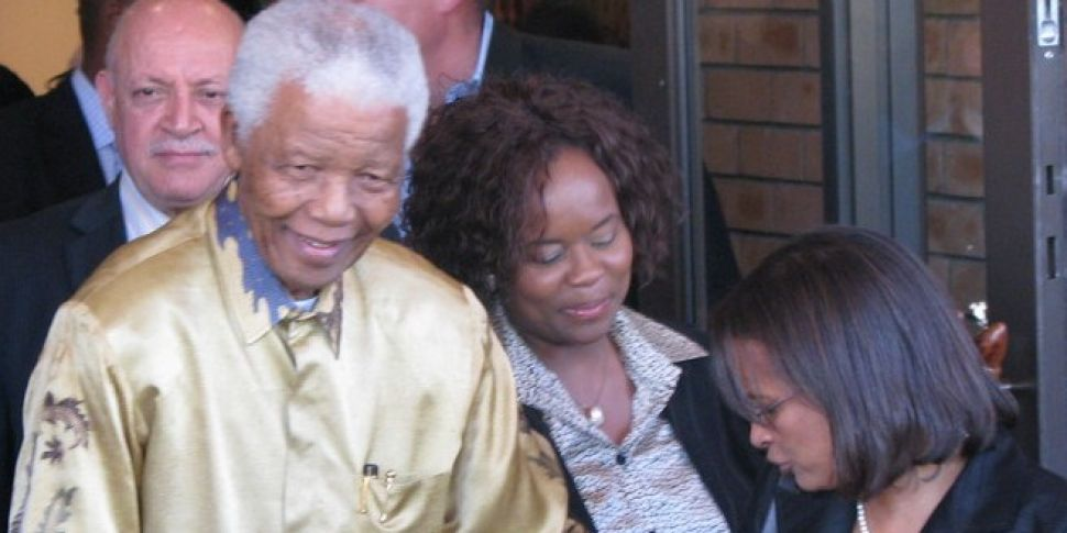 Mandela's doctors wanted t...