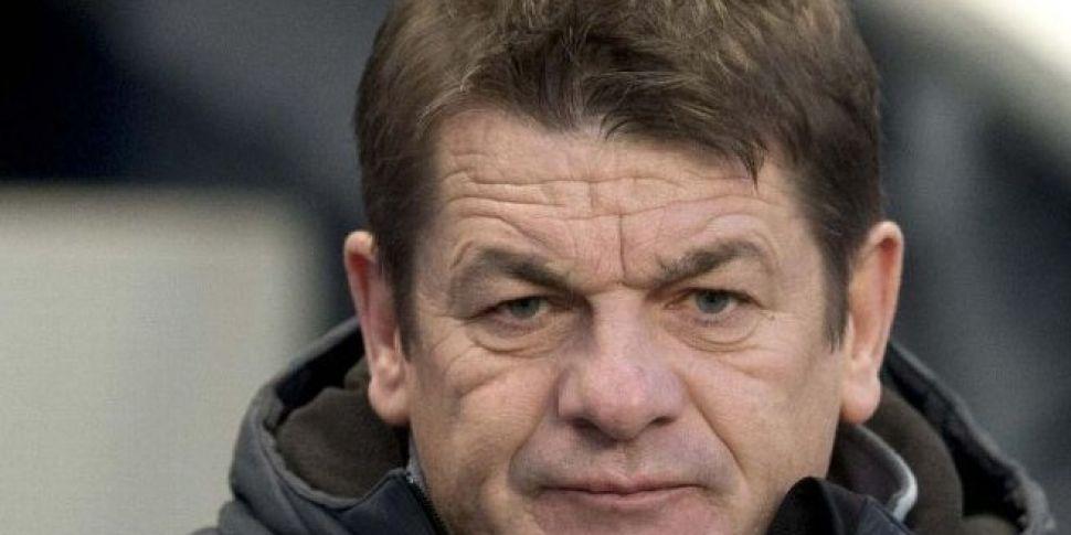 Carver Accuses Williamson of G...