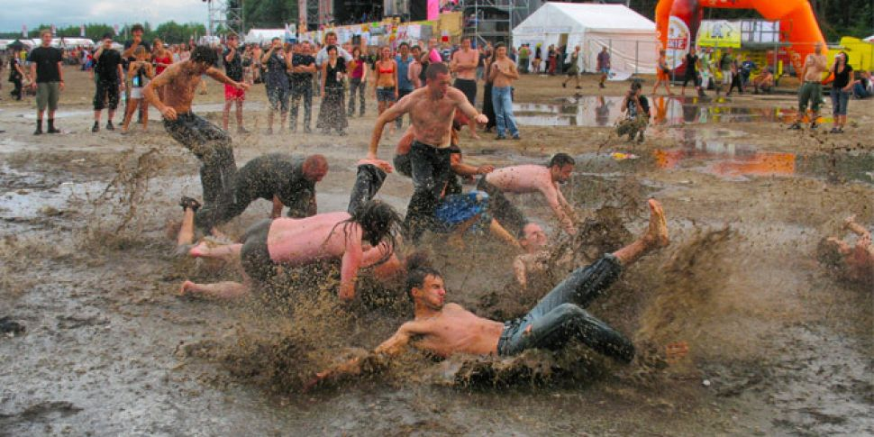 How to survive a music festiva...