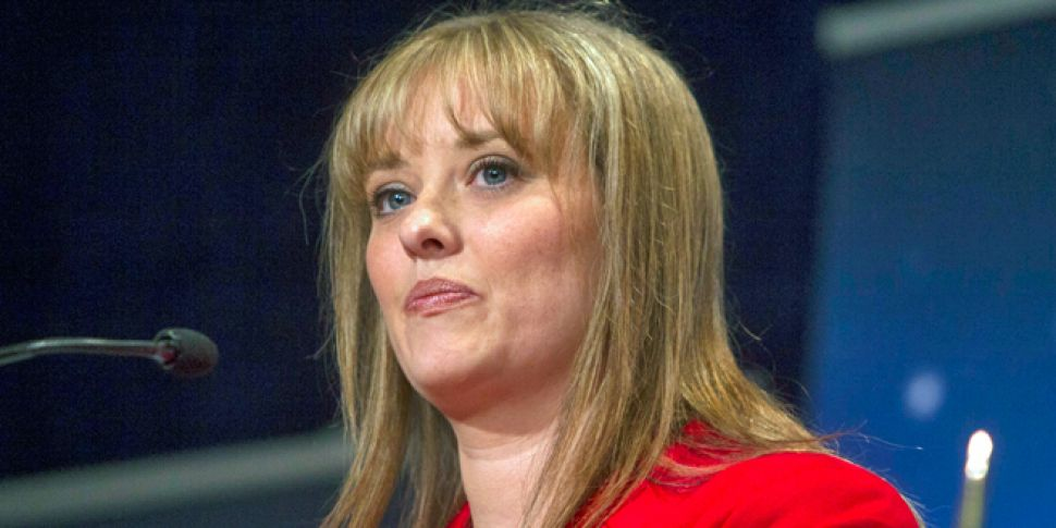 Gerry Adams criticised over re...