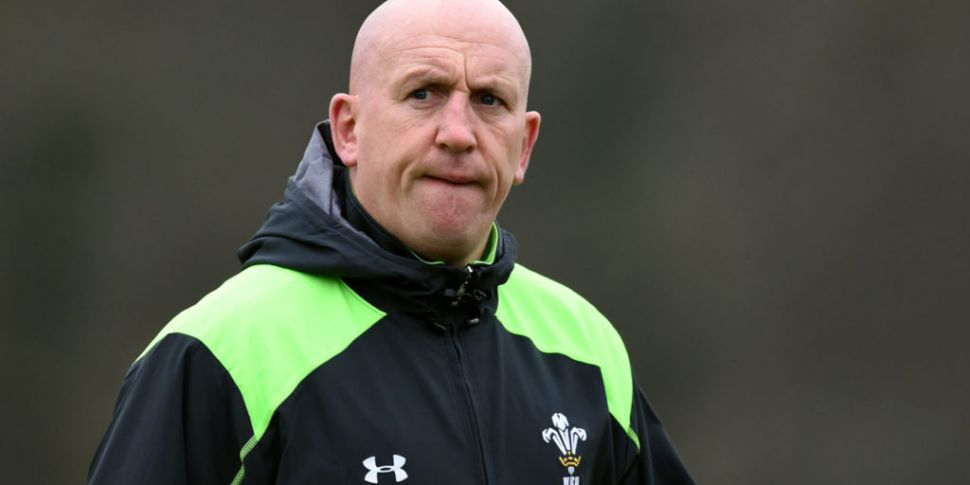 Edwards to leave role with Wal...