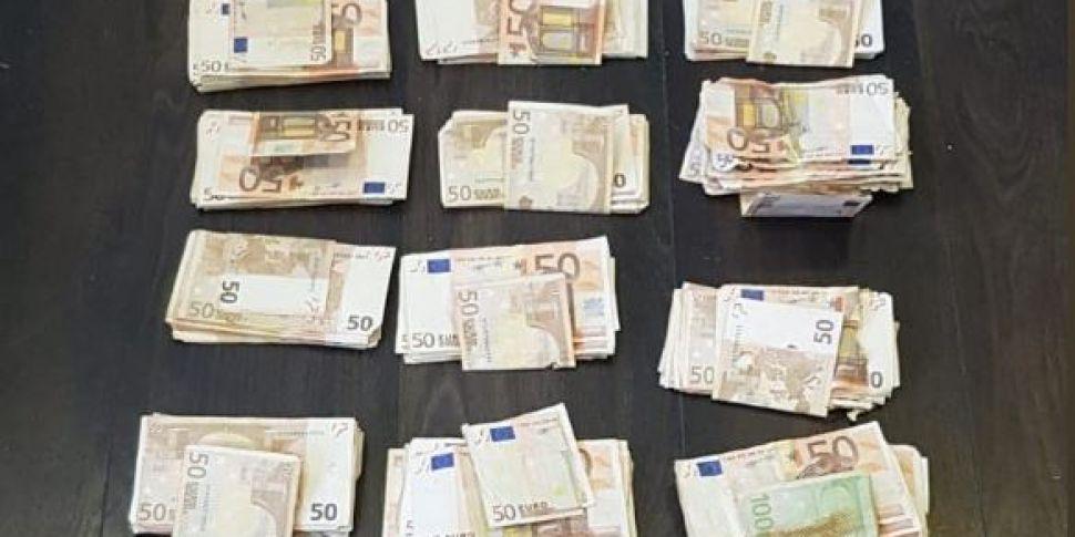 €28,000 Cash, Watches & Phones...