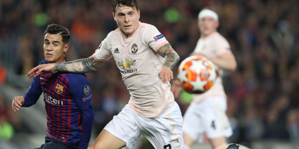 Victor Lindelof signs new cont...