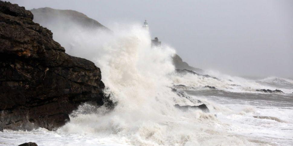 Status Orange Wind Warning Iss...