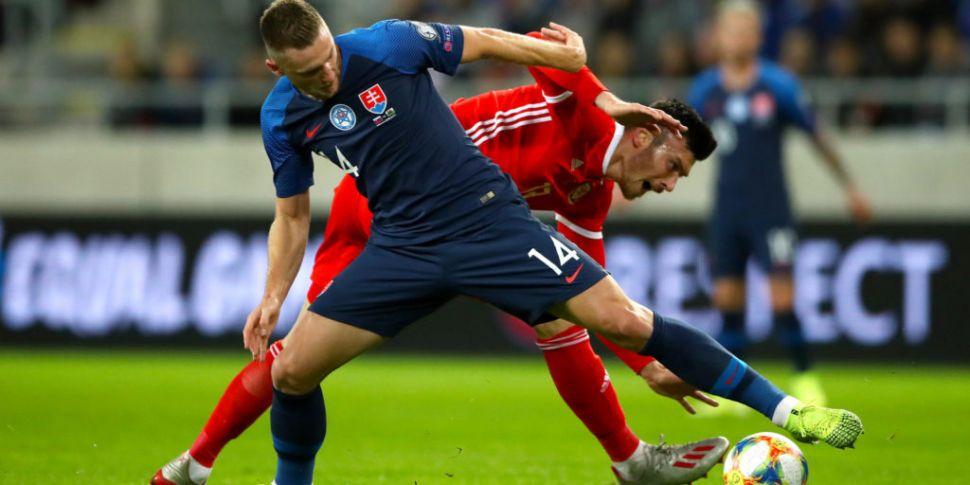 Wales win sets up Slovakia dat...