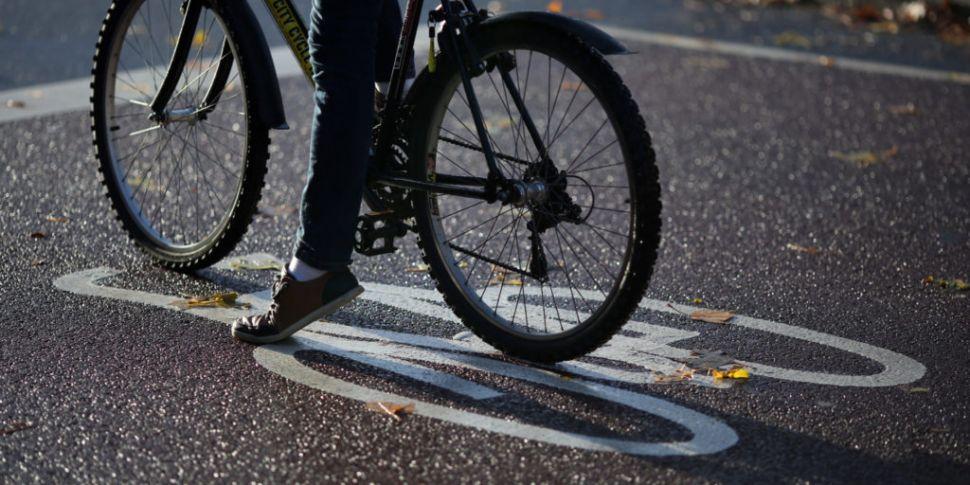 Food Delivery Cyclist Dies Fol...