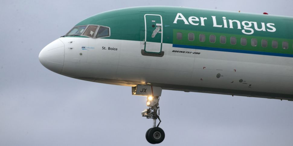 Aer Lingus To Cut Up To 900 Jo...
