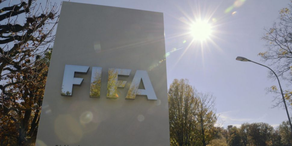 FIFA to avoid contract chaos a...