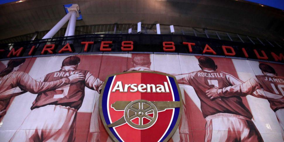 Arsenal players break lockdown...