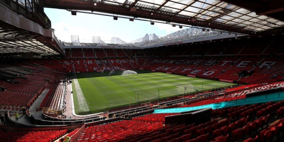 Manchester United take financi...