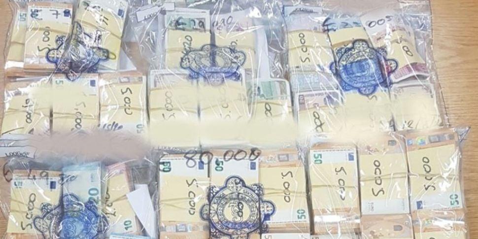 €1.6 Million Drugs & Cash Seiz...