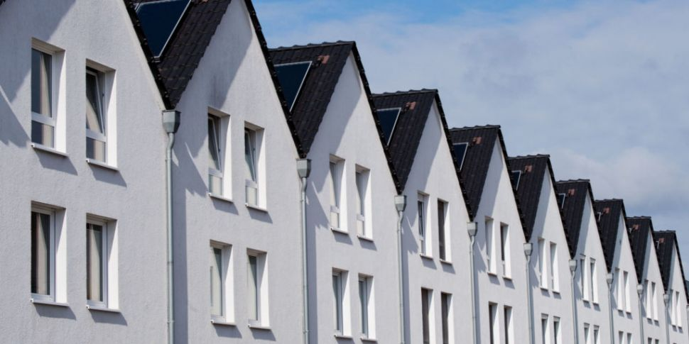 House Prices Rebound After Apr...