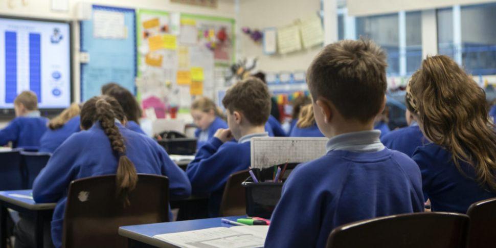 Schools To Decide Uniform Poli...