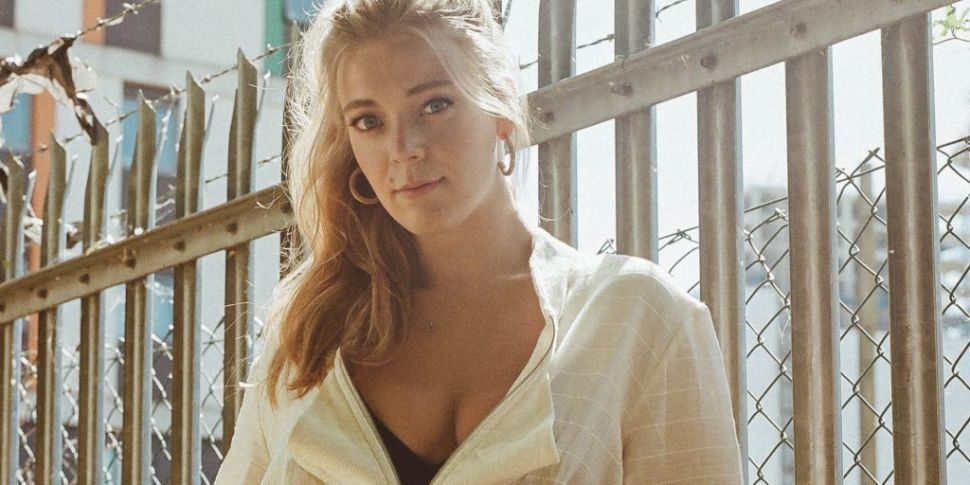 Becky Hill Says A Gift Of Eiff...