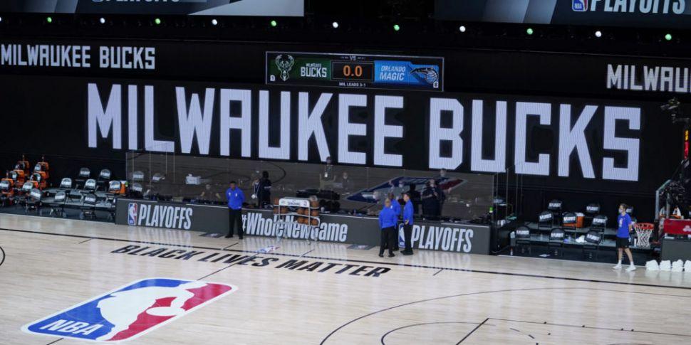 Milwaukee Bucks boycott playof...