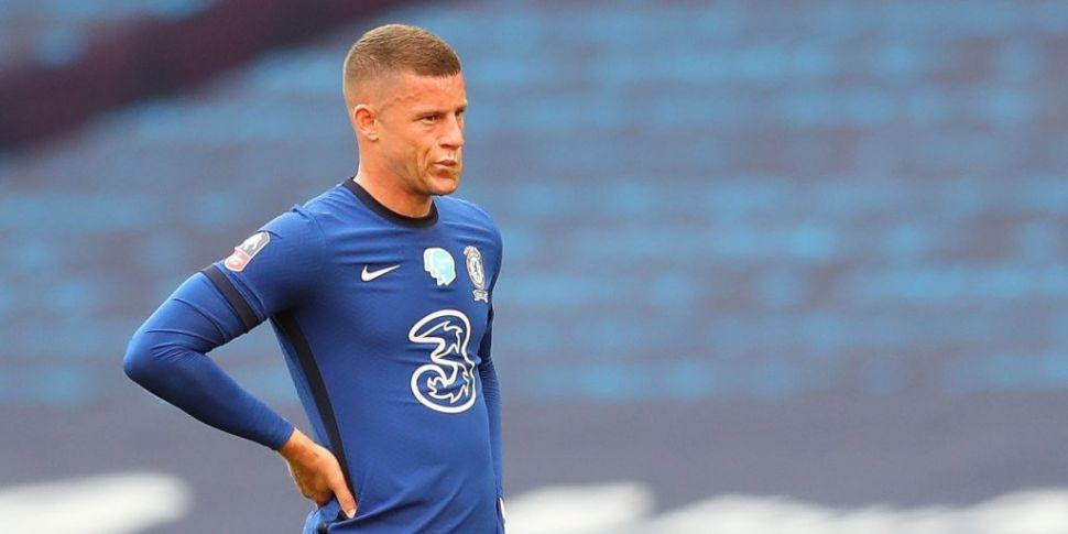 Villa sign Ross Barkley on loa...
