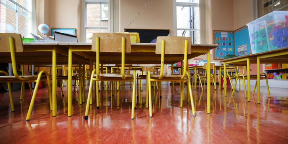 Three Teacher Unions Back Moti...