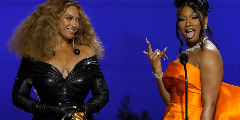 Beyonce and Taylor Swift Break...