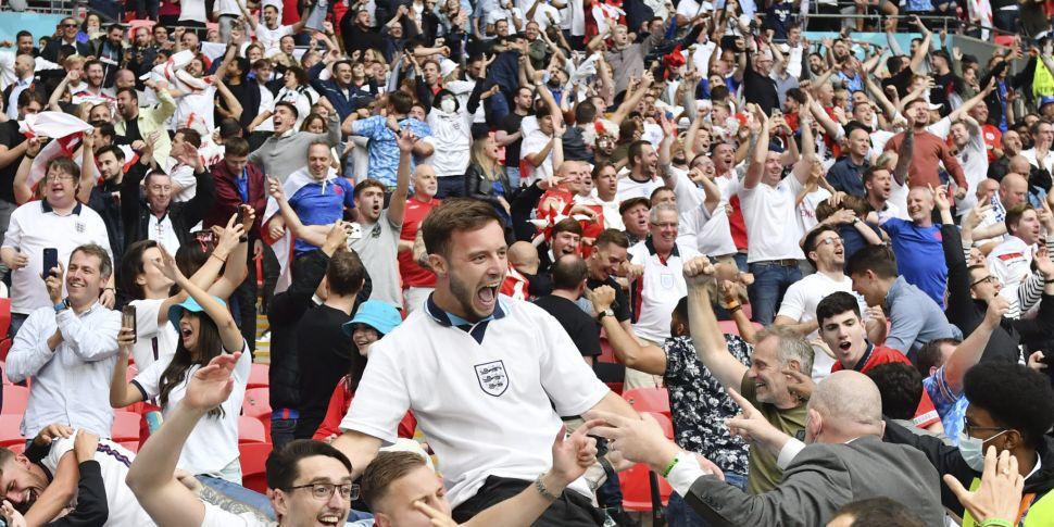 England fans   'Please Do Not...