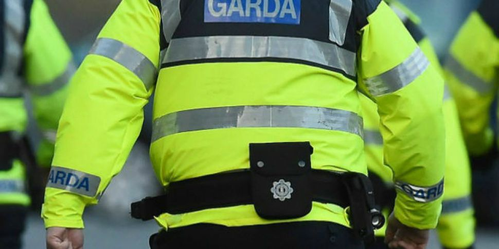 Three Gardai Arrested On Suspi...