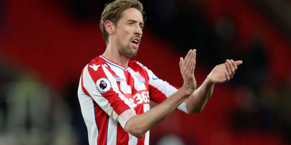 Peter Crouch retires from foot...