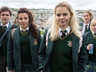 Derry Girls Season 2 Trailer I...