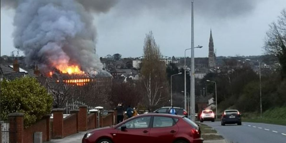 Massive Fire Breaks Out In Dro...