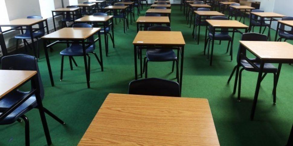 Thousands Of Teachers Threaten...
