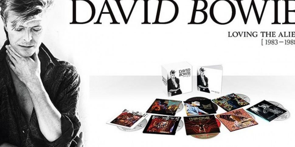 Unboxing Bowie 'Loving The...