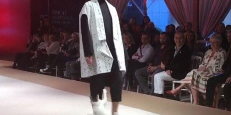 Cat Crashes Catwalk At Fashion...