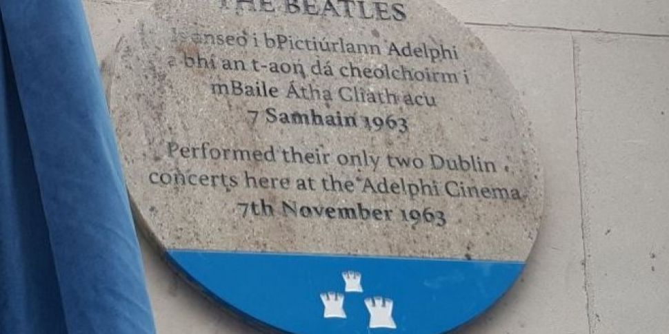 Beatles Sign Unveiled To Comme...