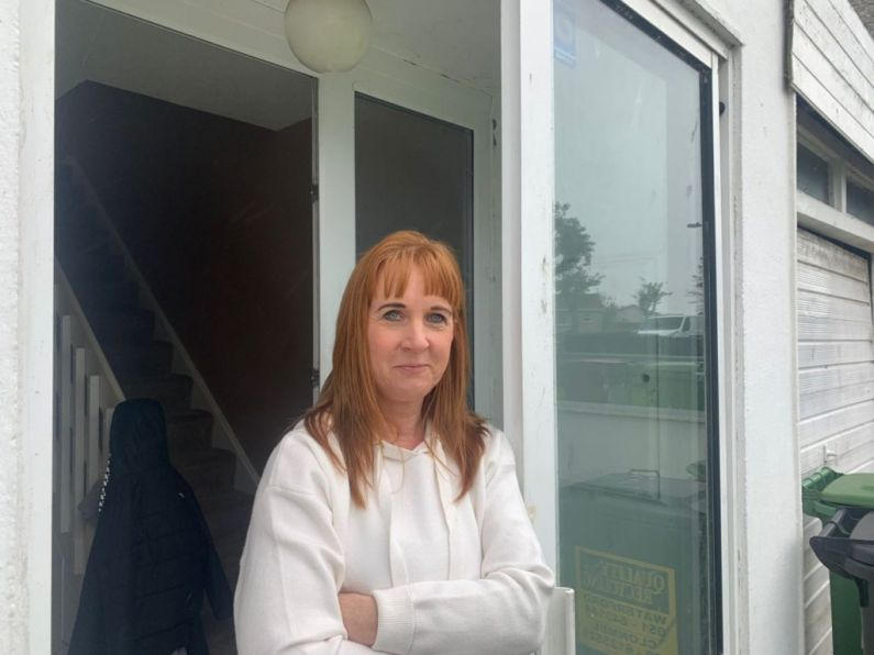 Housing special: Listener Debbie tells Damien her story...